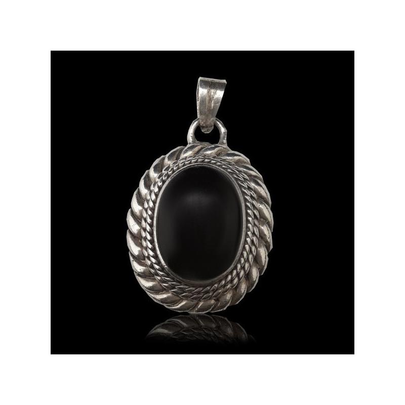 "Pendant ""Braided"" Oval Onyx"