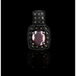 "Pendant ""Oval Garnet"" with Marcasite"