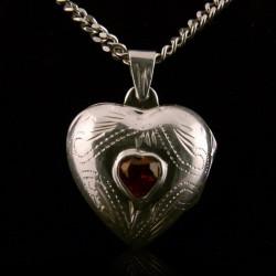 Locket Pendant Heart...