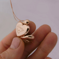 Locket pendant heart shape 18ct gold paw pad dog