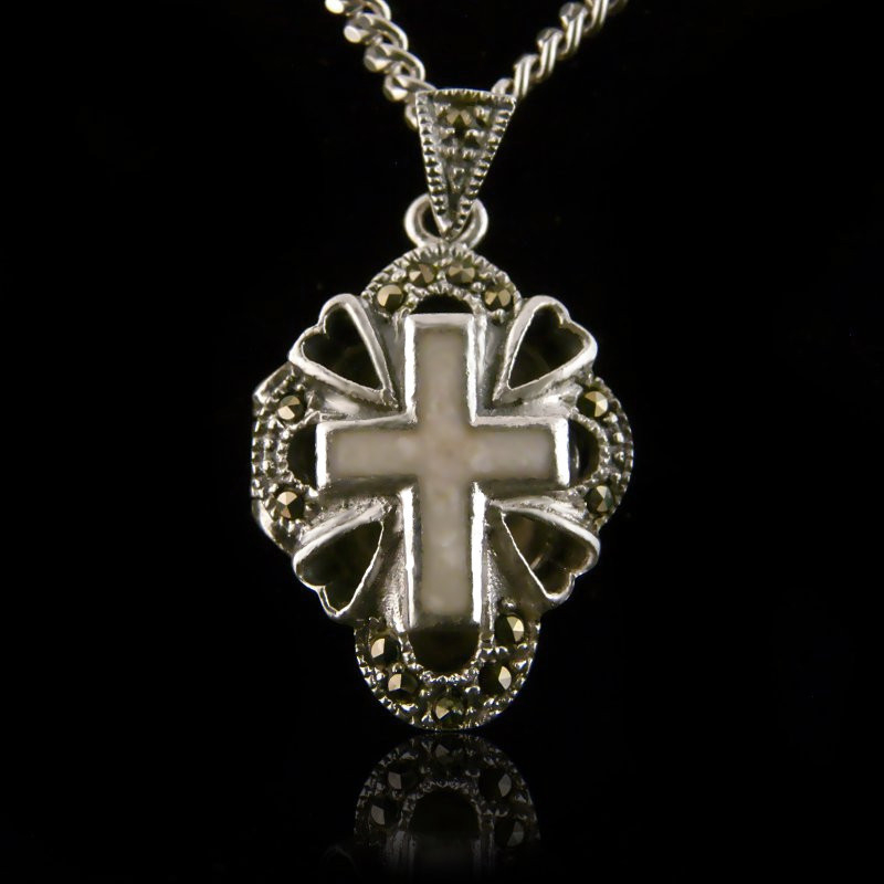 "Locket Pendant ""Cross 4 Hearts with Mother of Pearl"""