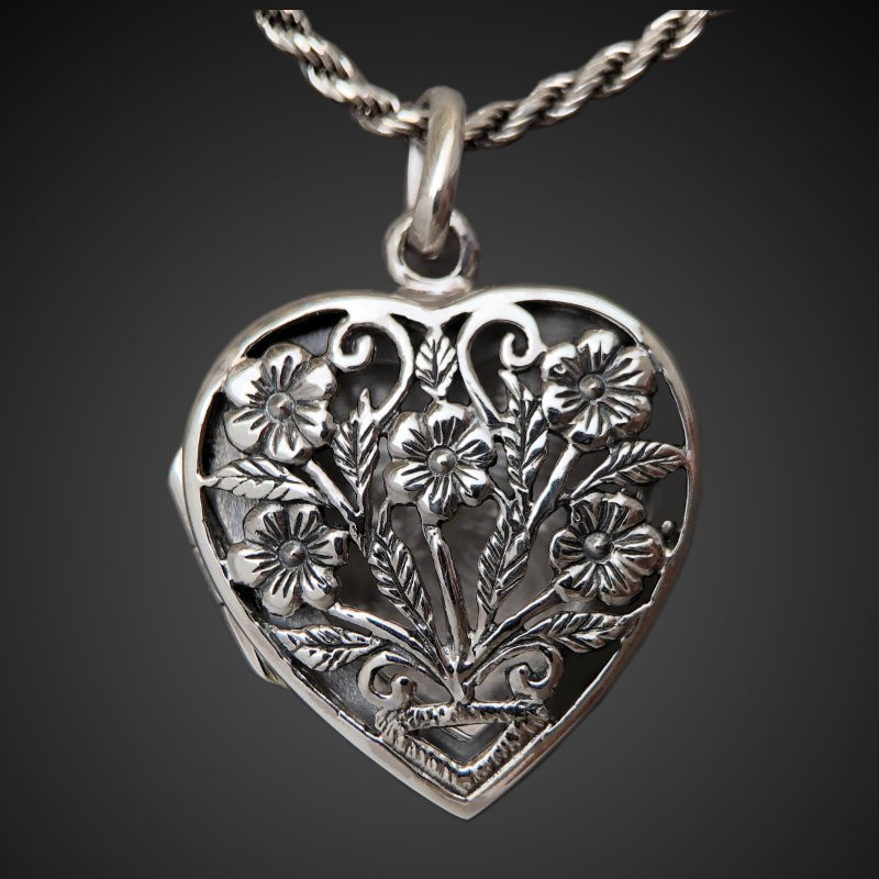 """Locket pendant """"Forget-me-not flowers"""" medium size sterling silver"""
