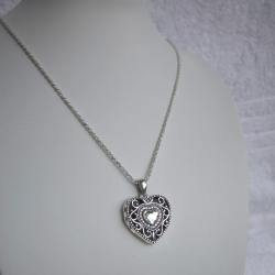 """""""Princesa Alicia"""" Swarovski Relicario portafoto en forma de Corazón plata solida"""